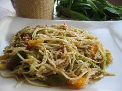 Lao Food Green Papaya Salad