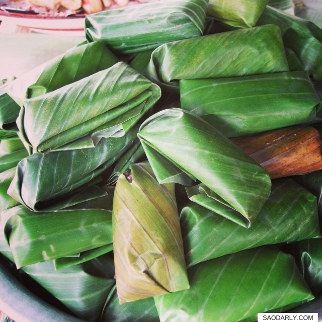 sweet steamed sticky rice parcels