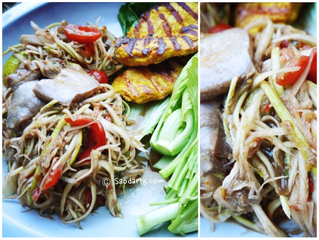 Papaya Salad, Grilled Chicken Breast