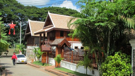 Guest Houses and Hotels by Mekong River in Luang Prabang