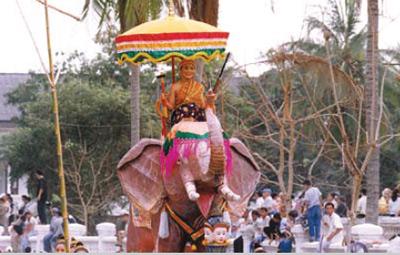 Lao New Year in LPB Meu Nau