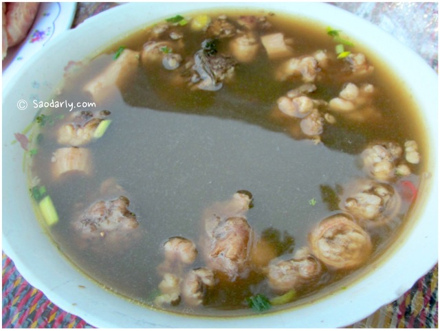 lao food beef soup