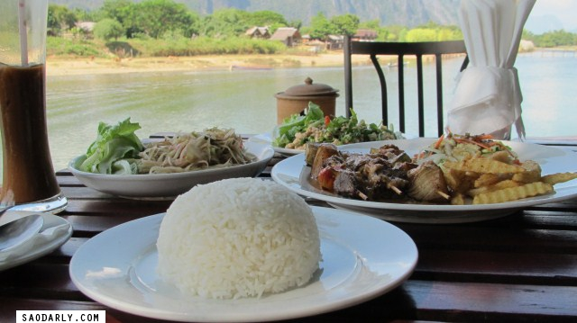 Lunch at Ban Sabai Riverside