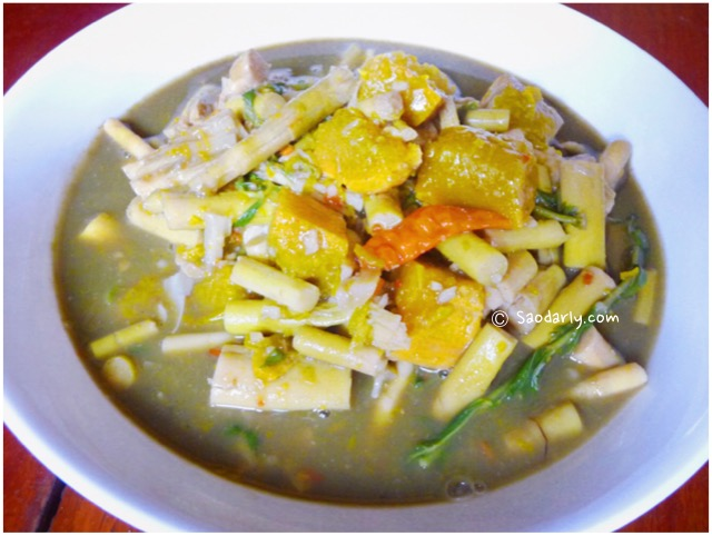 lao bamboo shoot soup