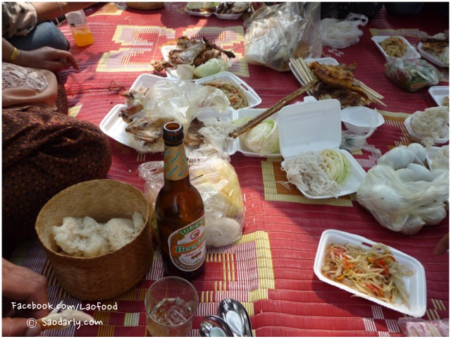 lao food at khone phapheng